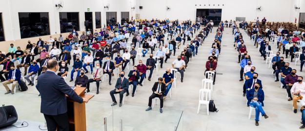 """""""Deus está movimentando a igreja"""", afirma Pr. Sérgio Melfior em Reunião com pastores, primeiros e segundos dirigentes de congregações"""